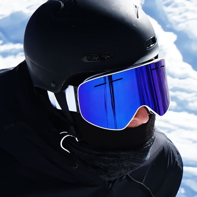 MessyWeekend – High Contrast Snow Goggles