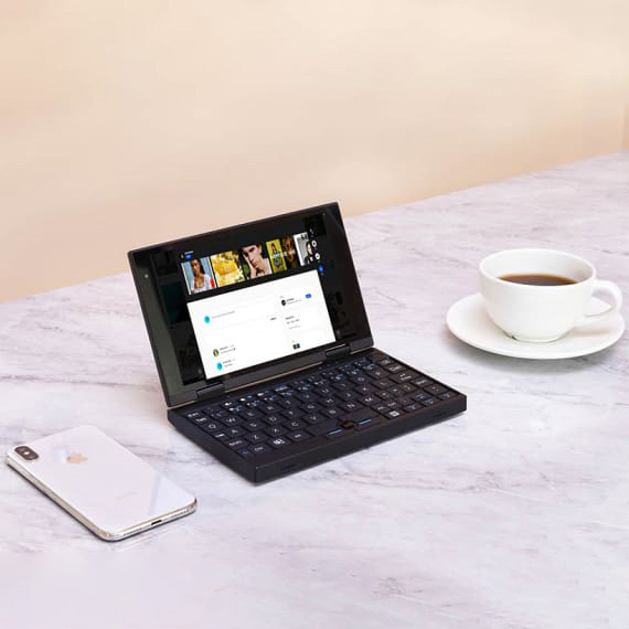 Peakago – 4G Integrated 7 Inch Laptop