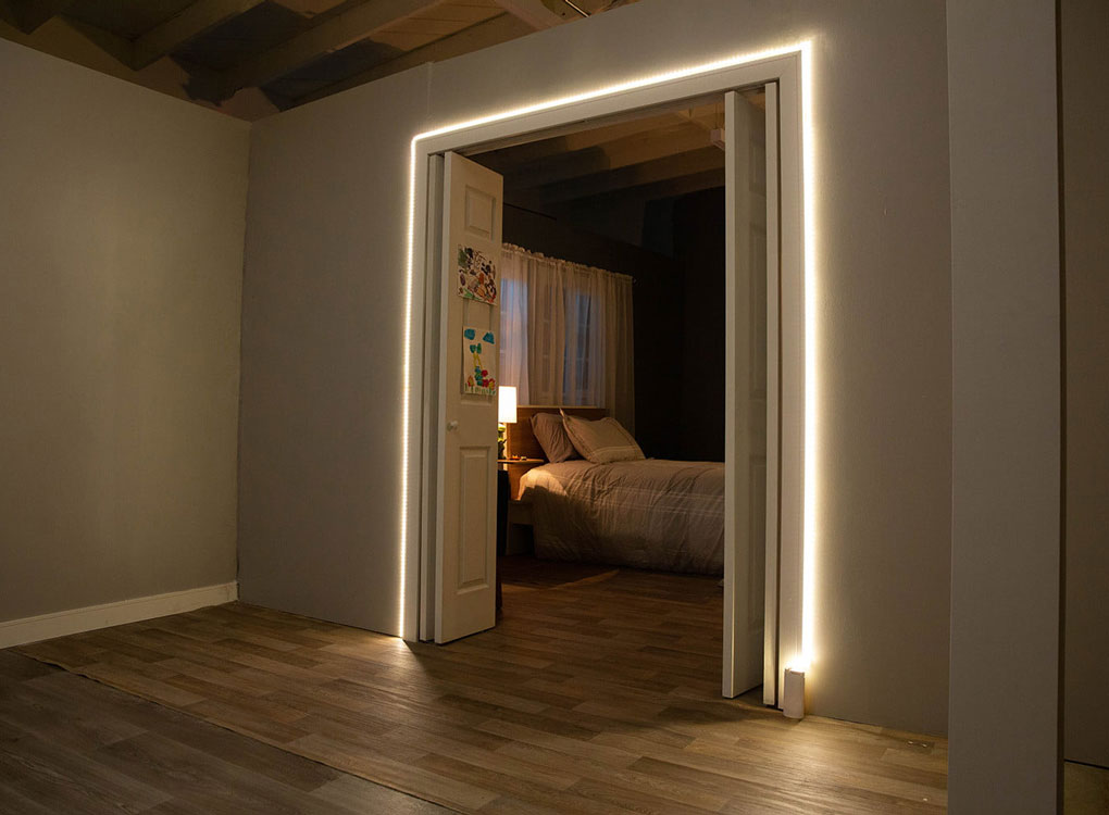 Luminook Big Light for Small Spaces id=