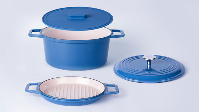 The Misen Dutch Oven cookware classic